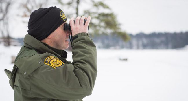 U.S. Border Patrol agent   International Falls  Lake Superior News