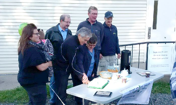 Neebing Blake Hall Upgrades  Bill Mauro Cuts Cake  Lake Superior News