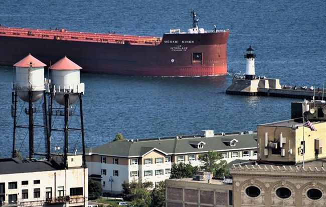 Mesabi Miner  Entering Port of Duluth