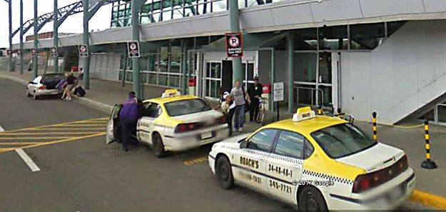 Diamond and Roach's Yellow Taxi at Thunder Bay Airport   Lake Superior News